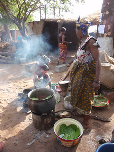 018_Bobo-Dioulasso  Old Quarter of Kibidwe  Cooking a Meal  Part 1