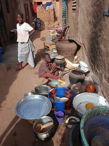 017_Bobo-Dioulasso  The Old Quarter of Kibidwe  Kitchen Equipement
