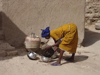 278_Mopti  The Fula Quarter  Woman Preparing a Meal