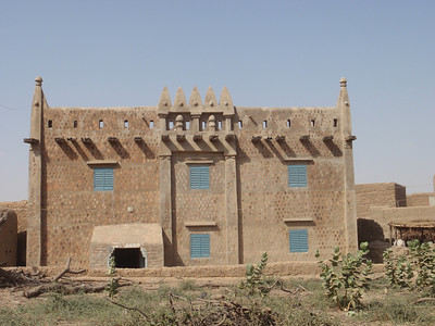 188_Djenne Old Town  Moroccan or Moorish-style Structure