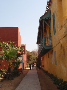 049_Goree Island  The Old Colonial Quarter  Narrow Alley