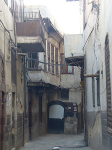 020_Damascus_Old_City_Narrow_Street