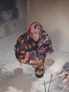 142_Al-Hamra  Bait Al Safah House  Grinding the Coffee Beans