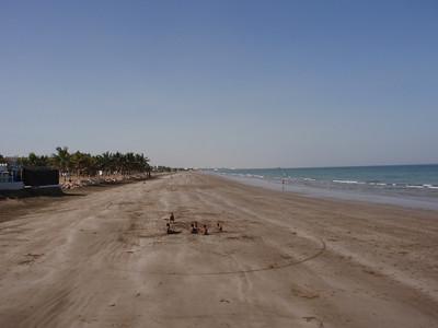 031_Muscat   The Beach and The Arabian Sea