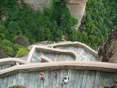 088_Meteora_Monastery_Varlaam_Stairs