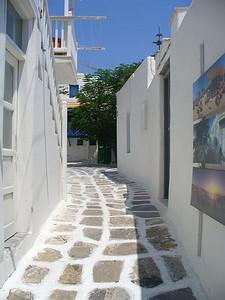 255_Mykonos_Town_Narrow_street