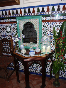 523_Cordoba  Barrio Juderia  Casa Andalusi  Arts and Crafts
